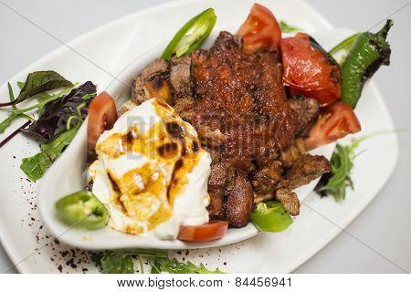 Traditional Turkish food - Iskender kebap