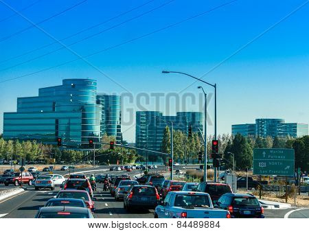 Redwood City, Ca, Usa - Sept 24, 2008: Traffic On The Road To Oracle Headquarters In Redwood City, C