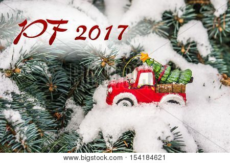 Pf 2017 - Snow And Christmas Tree On Toy Car