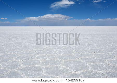 Uyuni Salt Flat - Salar de Uyuni - world's largest salt flat Bolivia
