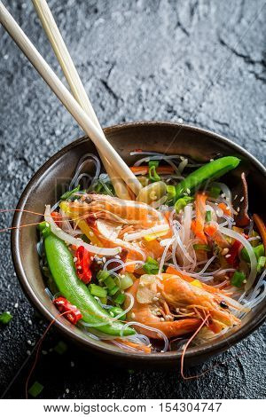 Rice Noodles And Mix Vegetables With Shrimps