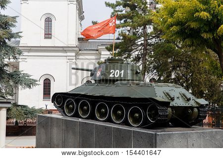 Tank monument to the liberators of Simferopol. The monument to the great Patriotic war, established in 1944 in Simferopol in Victory square in honor of the liberators of the city.