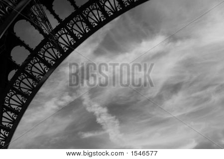 Eiffel Tower Ornate Curve (Black And White)