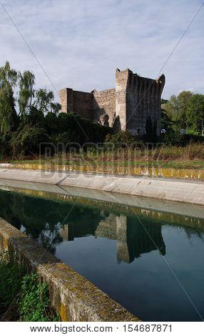 Gateway to the North Italian bridge castle of Valeggio sul Mincio