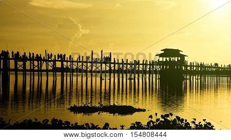 The longest wooden bridge name