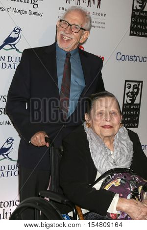 LOS ANGELES - NOV 1:  Bob Kurtz, Alice Davis at the The Walt Disney Family Museum 2nd Annual Fundraising Gala at Disneys Grand Californian Hotel & Spa on November 1, 2016 in Anaheim, CA