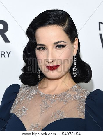 LOS ANGELES - OCT 27:  Dita von Teese arrives to the amFAR's Inspiration Gala on October 27, 2016 in Hollywood, CA