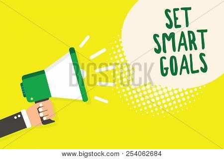 Word Writing Text Set Smart Goals. Business Concept For Establish Achievable Objectives Make Good Bu