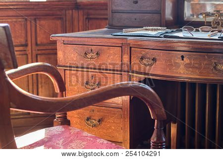 Fine Antique Pedestal Writing Desk And Chair. Studying History And Period Drama. Ornate Regency Tabl