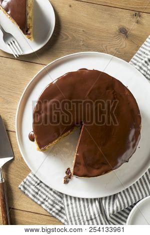 Homemade Chocolate Boston Cream Pie