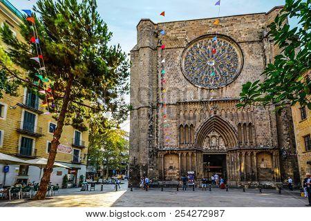 Barcelona, Spain - September 22 2016: 14th-century Gothic Church Santa Maria Del Pi In The Gothic Qu