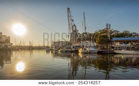 New Orleans, Usa - Nov 26, 2017: The Causeway Area Of Lake Pontchartrain Where Many Pleasure Boats A