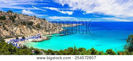Best beaches of Cyprus - Konnos Bay in Cape Greko national park
