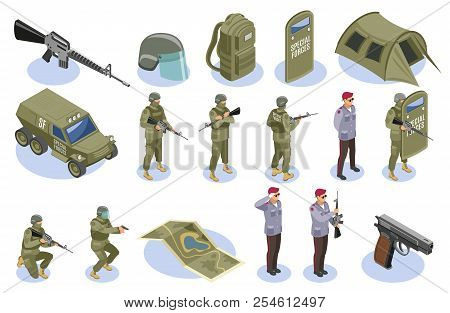 Military Special Forces Set Of Isometric Icons With Soldiers In Uniform And Armament Elements Isolat