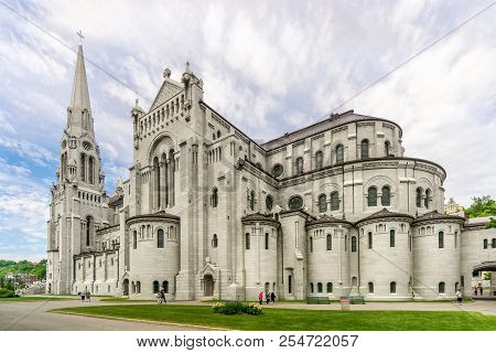 Beaupre,canada - June 17,2018 - View At The Basilica Of Sainte Anne De Beaupre. The Basilica Is Know