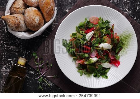 Vegetable Salad With Radish And Cottage Cheese