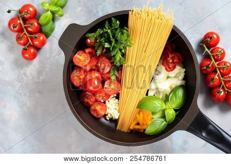 One Pot Pasta Dish Seeing From Above