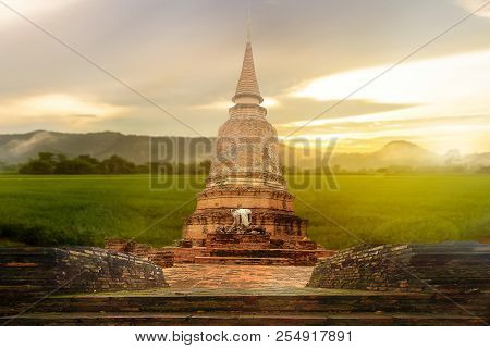 Unesco, World Ayuthaya Historical Park Thailand Sine 2018 On Nature Mountain Background
