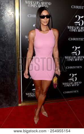 LOS ANGELES - AUG 21:  Kim Kardashian at the Christie's X 25th Anniversary Auction Preview at the What Goes Around Comes Around on August 21, 2018 in Beverly Hills, CA
