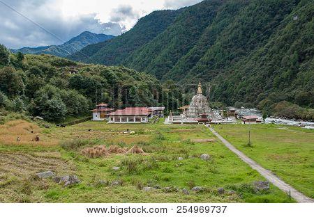 Chorten Kora In Trashiyangtse, Eastern Bhutan. Chorten Kora Is An Important Stupa Next To The Kulong