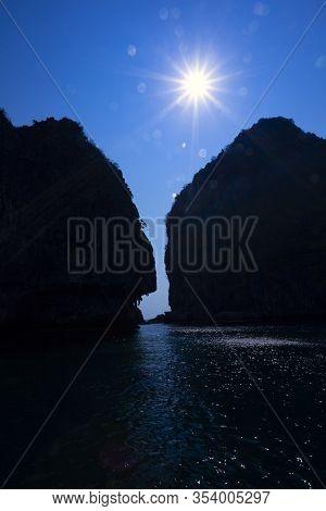 Koh Chuak Island,trang Province Thailand,cliff At Koh  Koh Kradan Island,pakmeng Sea,the Evening Sun