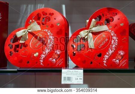Minsk, Belarus - January 29, 2020: Heart Shaped Box Of The Famous Chocolate Pralines By The Swiss Li