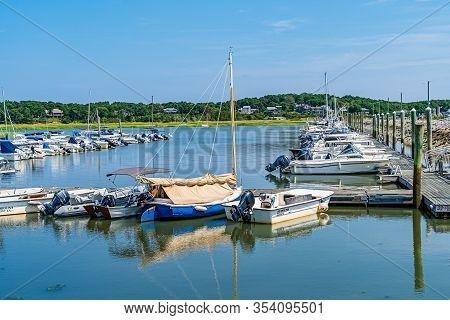 Wellfleet Cape Cod, Ma 22 August 2019 Boats And Ships, Wellfleet Harbor Area Cape Cod, Ma Us