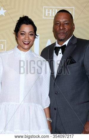 LOS ANGELES - FEB 23:  Roxanne Taylor, Deon Taylor at the American Black Film Festival Honors Awards at the Beverly Hilton Hotel on February 23, 2020 in Beverly Hills, CA