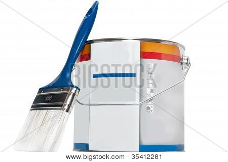 brush and paint cans