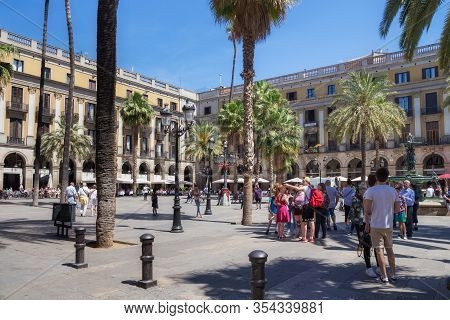Barcelona, Spain - May 15, 2017: View Of The Placa Reial (royal Square In English, Plaza Real In Spa