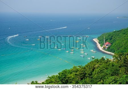 Koh Larn,thailand - Oct 22, 2019: Top View Of Koh Larn Island Peaceful And Popular Tourist Destinati