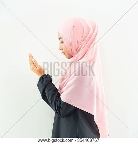 Half Length Side View Of Asian Young Beautiful Muslim Woman Prayer Dress Hijab Pray Meditation In Mo