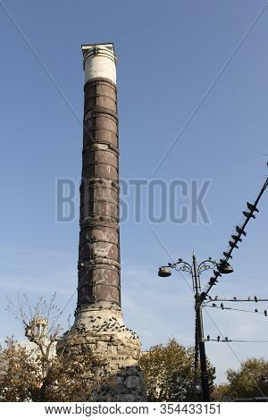 The Column Of Constantine Also Known As The Burnt Stone Or The Burnt Pillar Is A Roman Monumental Co