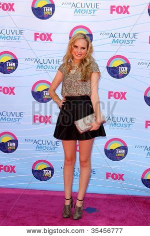 LOS ANGELES - JUL 22:  Meaghan Martin arriving at the 2012 Teen Choice Awards at Gibson Ampitheatre on July 22, 2012 in Los Angeles, CA