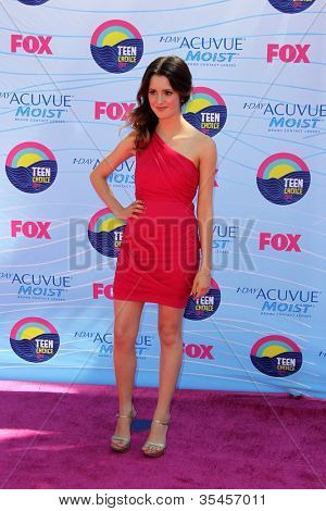 LOS ANGELES - JUL 22:  Laura Marano arriving at the 2012 Teen Choice Awards at Gibson Ampitheatre on July 22, 2012 in Los Angeles, CA