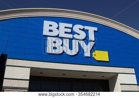 Westfield - Circa March 2020: Best Buy Retail Location. Best Buy Sells A Large Array Of Brand-name E