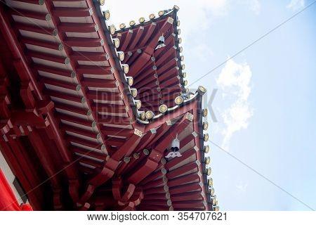 Singapore, January 16, 2020, Architecture Of Buddha Relic Temple With Singapore Urban City Skyline W