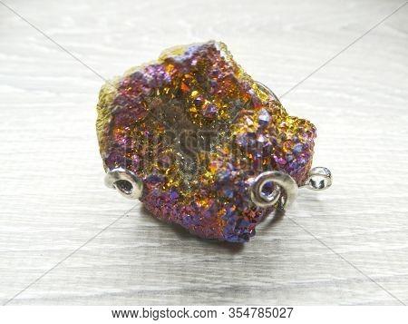 Rainbow Titanium Aura Quartz Colorful Semigem Geode Stone