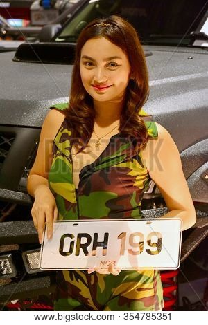 Pasay, Ph - Nov. 6: Grh 199 Female Model At Manila Auto Salon On November 6, 2016 In Smx Convention