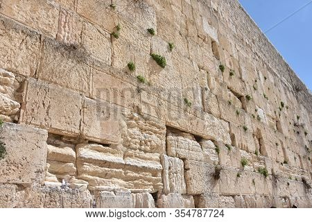 The Wailing Wall In Jerusalem - Isreal