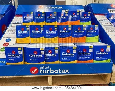 Orlando, Fl/usa-3/7/20: A Display Of Intuit Turbotax Premier, Home & Business And Business Computer