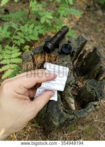 Geocaching Activity Treasure Hunt Game