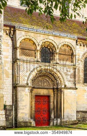 Eglise Saint Etienne Or Saint Etienne Church, Ancient Catholic Church, Beauvais, France