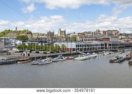 Bristol, Uk - May 11, 2012: Saint Augustines Reach Viewed From The Roof Of The M Shed Museum, With B