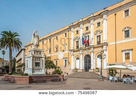 City Hall With Statue Of Eleanor Of Arborea