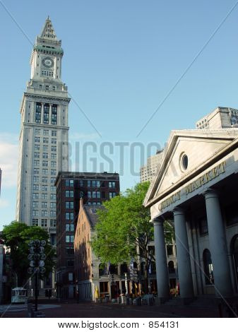 Fanueuil Hall Quincy Market