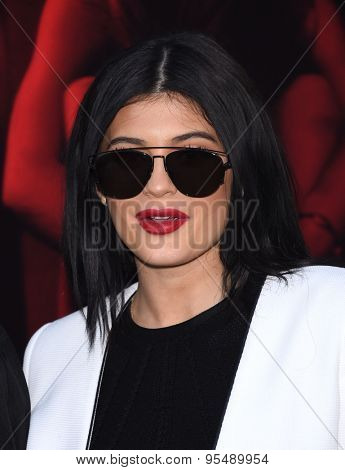 LOS ANGELES - JUL 07:  Kylie Jenner arrives to the