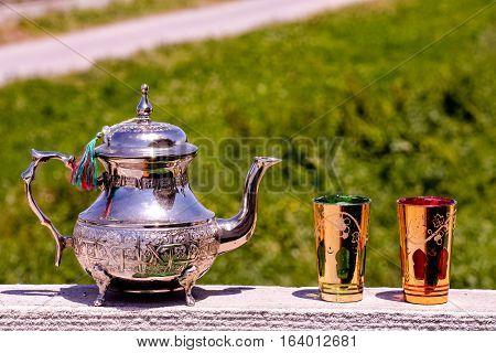 Oriental Style Pitcher Tea Carafe Decanter