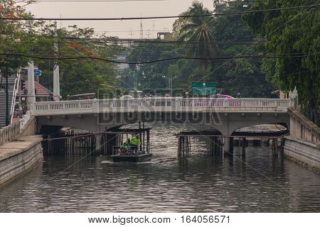 Khlong Phadung Krungkasem Canal
