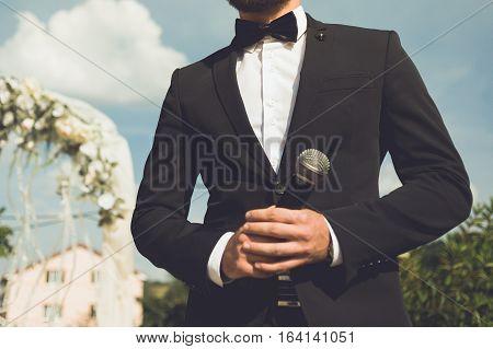 toastmaster at a wedding. mc. big wedding day